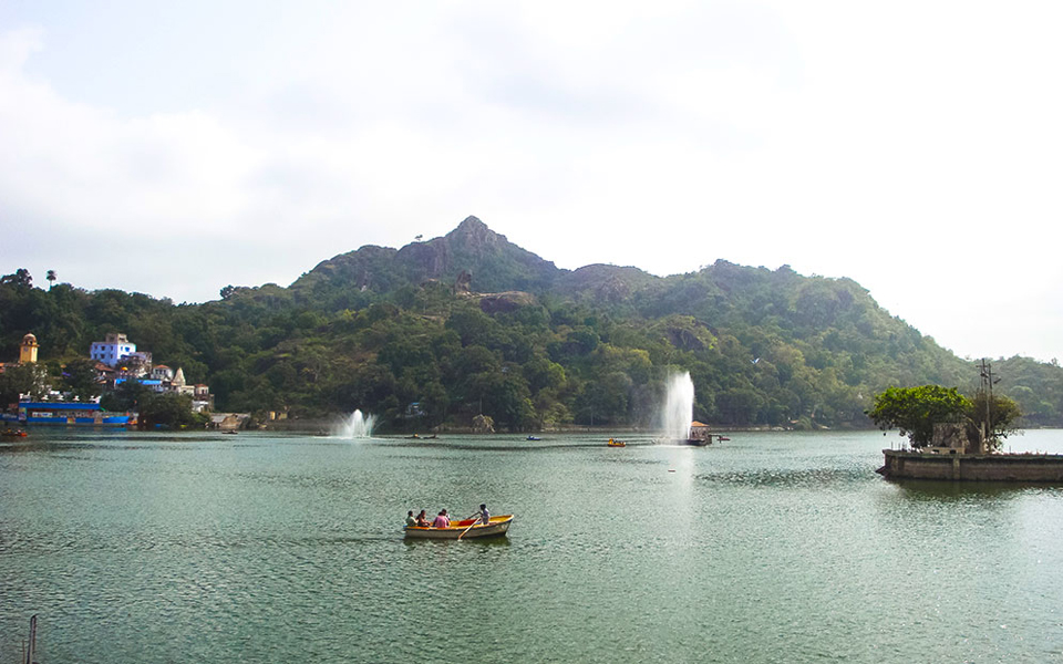 Udaipur Mount Abu Tour Package | Udaipur Mount Abu Itinerary | Udaipur Mount Abu Package | Udaipur Mount Abu Honeymoon Package | Udaipur Mount Abu Package from Jaipur | Udaipur Mount Abu Tourism | Empire Tours and Travels | Udaipur | Rajasthan | India